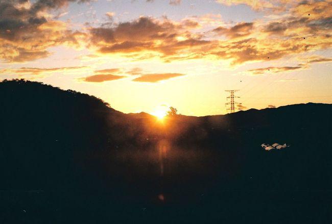 Sunset Sunlight Sky Beauty In Nature Cloud Nature Sunbeam Orange Color