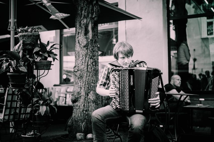 The Street Photographer - 2016 EyeEm Awards The Portraitist - 2016 EyeEm Awards The Photojournalist - 2016 EyeEm Awards Street Music Day Travel Photography Vilnius Vilnius Old Town Lithuania Vilnius City Street Photography Streetphotography Street Musicians Streetmusic Streetphoto_bw People And Places
