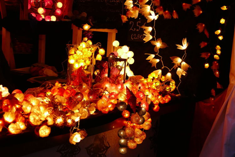Colorful lamps are so nice at night time Coloring Elegant LED Light Lights Relaxing Backgrounds Close-up Clourful Colorful Lamps Illuminated Lamp Lamps Led Lights  Lights In The Dark Night Night Time No People Orange Lamp Orange Light Red Lamp Red Light Relax Yellow Lamp Yellow Light