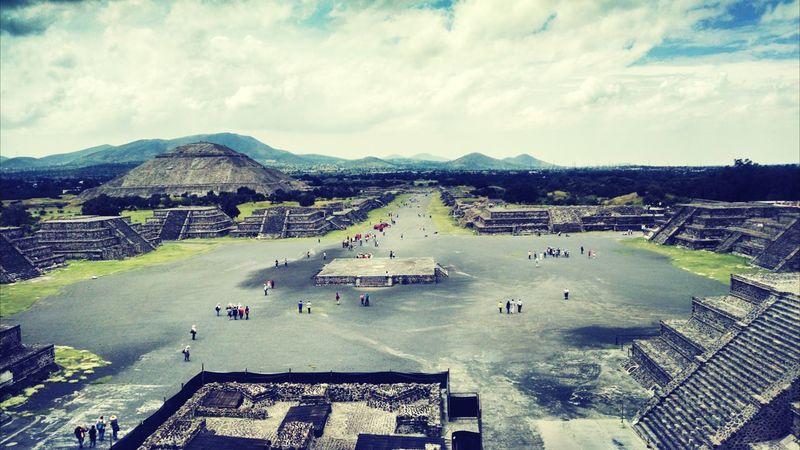Teotihuacan Piramide De La Luna Piramide Del Sol