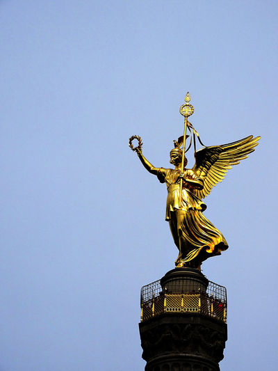 Sightseeing Berlin Historical Sights Berliner Ansichten Berlin Mitte Berlin Photography Taking Photos Check This Out