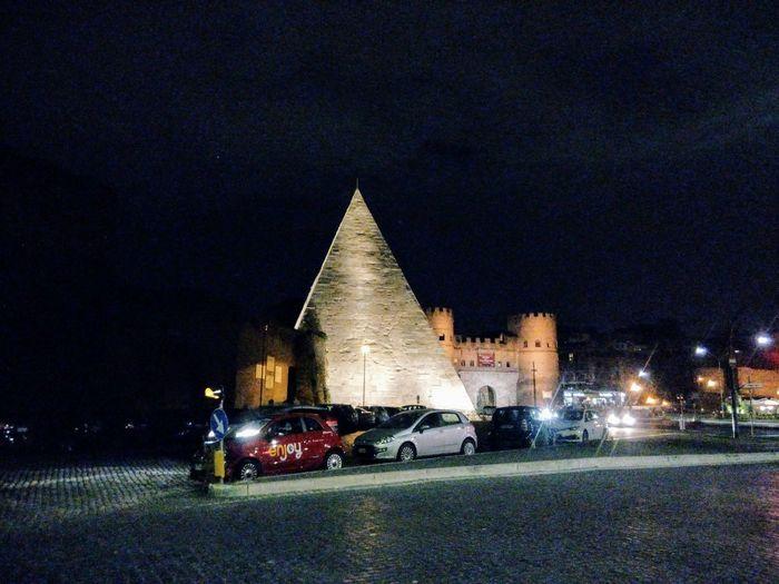 piramide architettura cityligh archeologico City Illuminated Architecture Sky Built Structure
