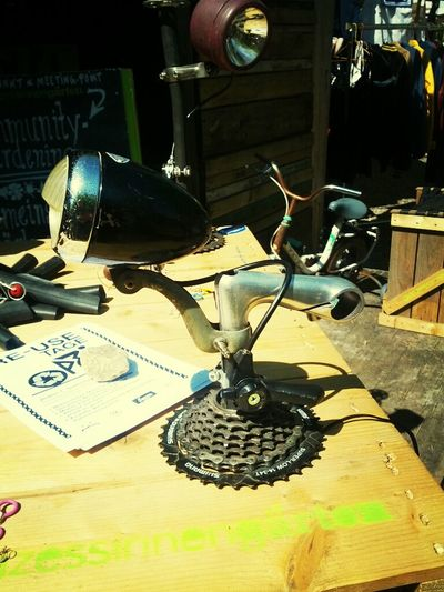 Steampunk variations I: bicycle lamp by larsitos.de