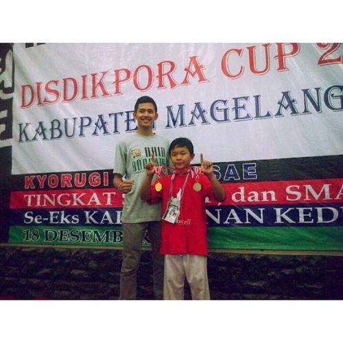 DISDIKPORACUP2 Taekwondo Gold Silver