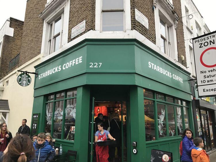 #3XSPUnity City Coffee Time Day Lifestyles London London Lifestyle People Streetphotography Sturbucks Walking
