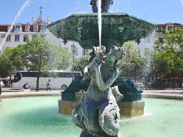 Architecture Art And Craft Building Exterior Built Structure City City Break Fountain Human Representation Lisbon Lisbon Portugal Outdoors Sculpture Statue Water