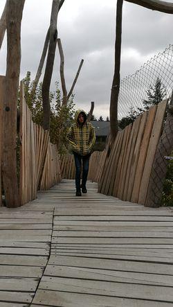 Playground Teenage Boys Tree Full Length Men Footbridge Sky Bridge - Man Made Structure Outdoor Play Equipment