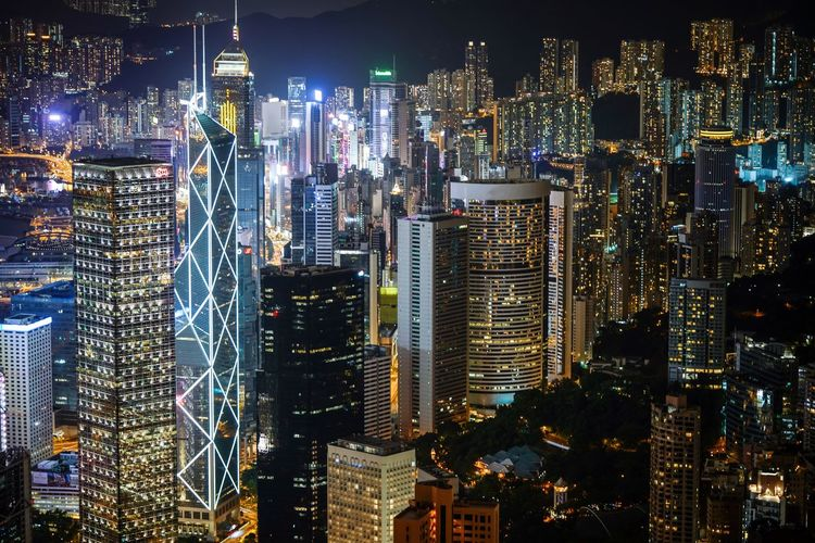admiralty district Discoverhongkong Fineartphotography CaptureTheMoment Skyscraper Cityscape Nightshooters City Architecture Building Exterior Illuminated Night Modern Tall - High Urban Skyline Downtown District Travel Destinations Built Structure Financial District  Development Crowded Growth Tower Tall City Life