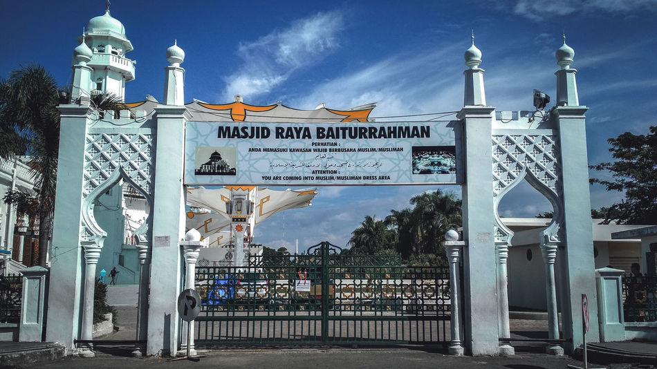 Baiturrahman Mosque, Banda Aceh, Aceh, Indonesia Aceh Aceh, Indonesia EyeEm EyeEmNewHere EyeEm Best Shots Visit Aceh Baitturahman Baiturrahman City Text Street Art Sky Architecture Building Exterior Built Structure Historic