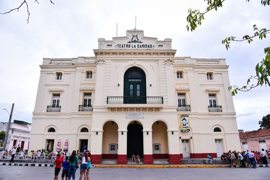 Architecture Large Group Of People Built Structure Building Exterior Real People Sky Men Day Outdoors Place Of Worship People Adult Adults Only Cuba Santa Clara Cuba Theater Teatro The Street Photographer - 2017 EyeEm Awards