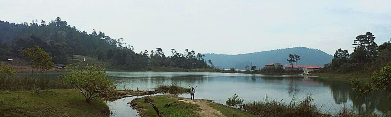 Reflection Water Nature No People Colors Travel Destinations Woman Happiness Chiapas tradicione FolkloreAmorypaz Beauty In Nature Frontera Laguna Mexico Mexico_maravilloso