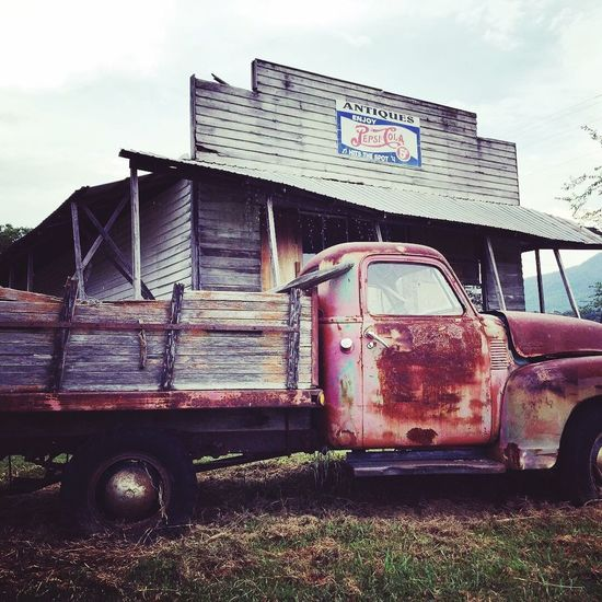 Tennessee Cars Junkyard Vikki Bradley O'Keefe Art