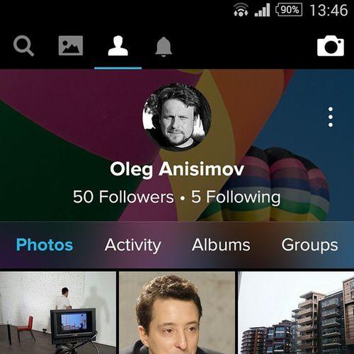 У Flickr теперь удобное приложение для смартфонов, и есть люди, которые им пользуются, не пользуяь при этом Instagram. Если у вас есть аккаунт Yahoo!, в настройках Instagram вы можете его подключить и автоматически постить фото из Instagram во Flickr (а также в ВКонтакте, Facebook, Swarm — там он назван по старинке Foursquare), Tumblr. Не хватает Google+, LiveJournal и Одноклассников, пожалуй.