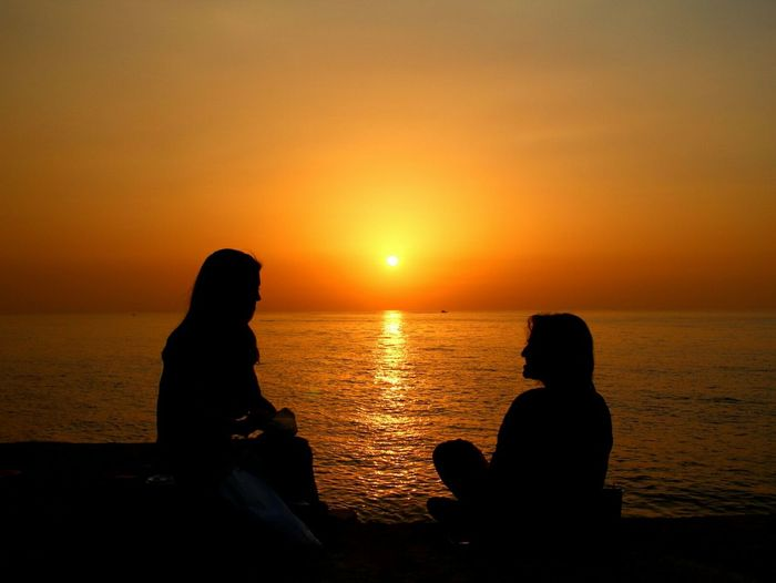 """"""" Words are only painted fire, a look is the fire itself """" Mark Twain Sun_collection Sunset People Golden Hour"""