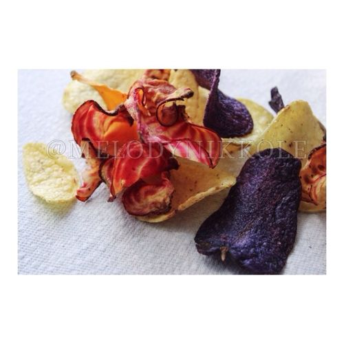 Assorted Chips. Saw these healthy chips & colors and fell in love. Chips, Healthy, Snacks, Whole Foods, Lunch, Snack, Carrot, Veggie, Snac