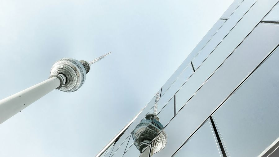 Spiegelbild Alea 2018 Berliner Ansichten Berlin Photography Alexanderplatz Fernsehturm Berlin  East Berlin Today :) Berlin No People Day Sky Outdoors Colour Your Horizn Architecture Building Exterior Built Structure Low Angle View Communication Travel Destinations Television Tower City Clear Sky Modern Stories From The City The Traveler - 2018 EyeEm Awards The Creative - 2018 EyeEm Awards The Architect - 2018 EyeEm Awards Creative Space A New Perspective On Life