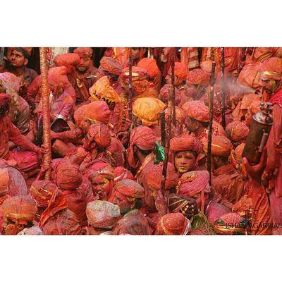 Ishanagarwalphotography Holi Lathmarholi Nandgaon barsanasamajholi2015pinkgreenOrangeredpinkfestivalkrishnagopicoloursitsindiaindiaincredibleindia