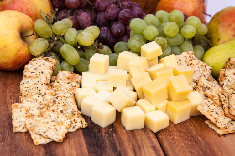 Fine diced cheese and cracker snack Cheese Cheese! Cracker Crackers Diced Cheese Food Food And Drink Grapes Healthy Eating Healthy Food Snack Still Life Vegetarian Food Veggy Veggy Dish