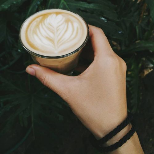 Coffee - Drink Coffee Cup Latte Chiang Mai | Thailand Enjoying Life Coffeelover Coffee Green Color Latteart Relaxing Coffee Time Coffeeaddict Photagraphy Drink Cappuccino People Human Body Part Women Young Adult One Person Food And Drink One Young Woman Only Adults Only Human Hand Young Women