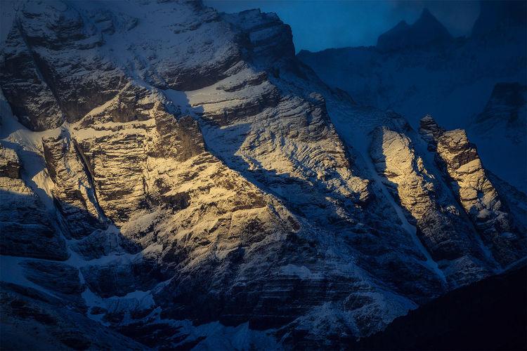 Cropped snowed rocky landscape
