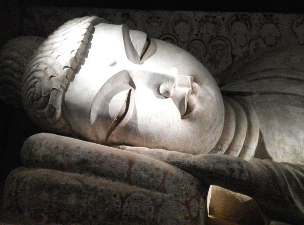 Sleeping buddha Hello World