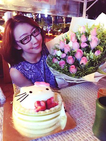 Happy Birthday! Birthday Love Flowers Enjoying Life HongKong Guangzhou Girl Bday Hellokitty
