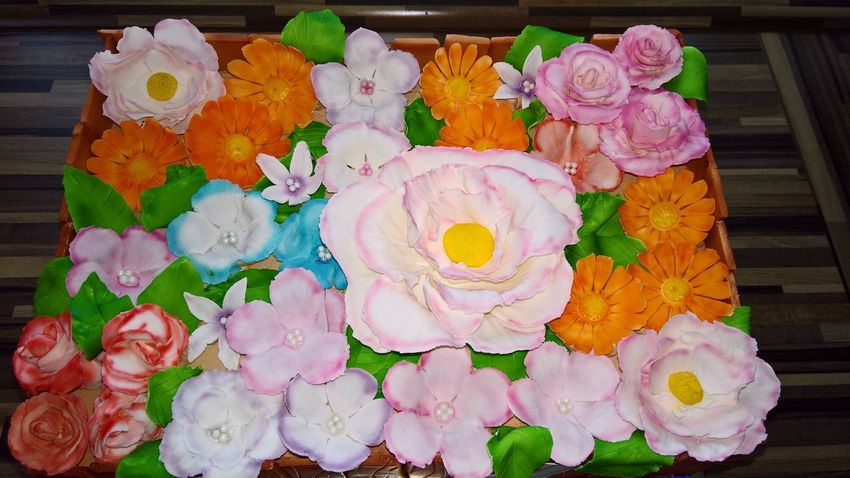 Dessert Flower No People Multi Colored Day Outdoors Close-up Flower Head Freshness Freshness Beauty In Nature Leaf Plant Ready-to-eat Food And Drink Baked Sweet Food