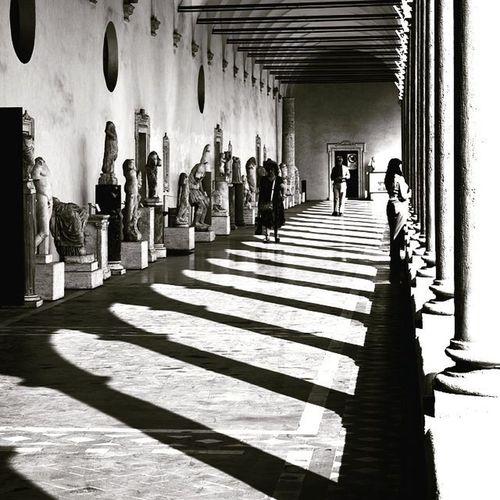 Michaelangelo Pórtico Michaelangelosportico Rome History Shadows Lines Mono Architecture Lifeasiseeit Johnnelson