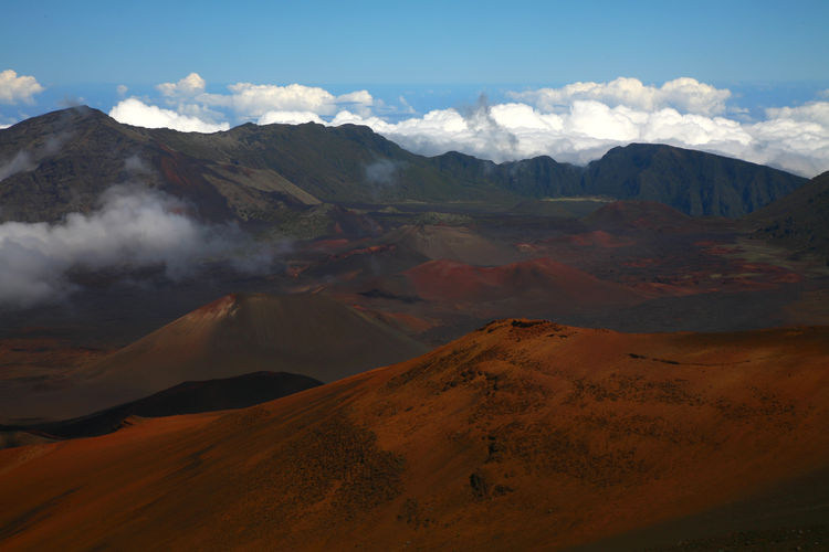 MAUI Maui Hawaii Nature Photography Beauty In Nature No People Sunny Day Landscape Photography Volcanic Crater Outdoor Photography High Clouds