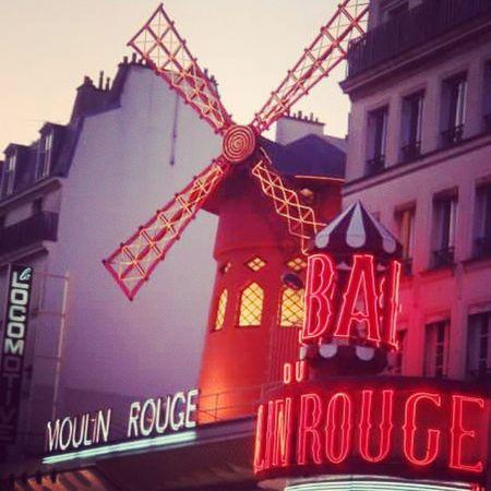 Moulinrouge ParisByNight Paris LoveParis LaVilleLumière Parigi France Francia Mulino Cancan