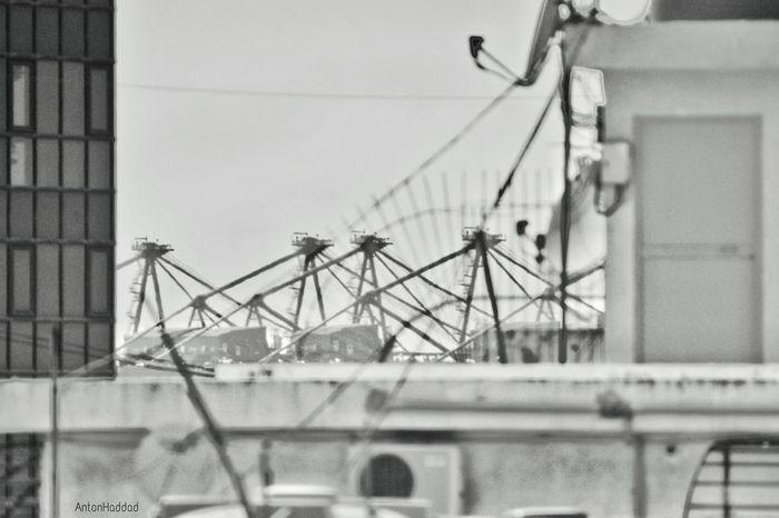 grab the details by their throat Shootermag Cityscapes EyeEm Best Shots NEM Black&white NEM Architecture Urban Geometry Architecture Monochrome Black & White Rooftops