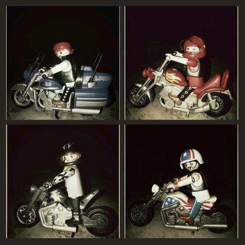 a mi edad y jugando con clicks....jajajaja Juguete Toy Motorcycles Clicks