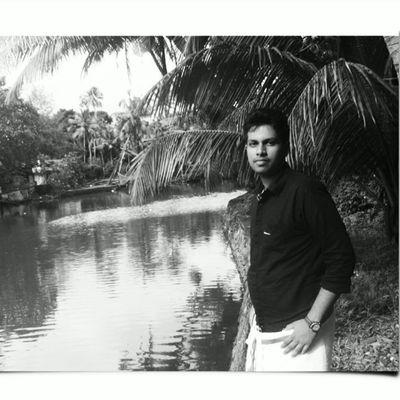 FirstTime With Mundu 😝 Blackandwhite riverside periyarlake lumiaphotography