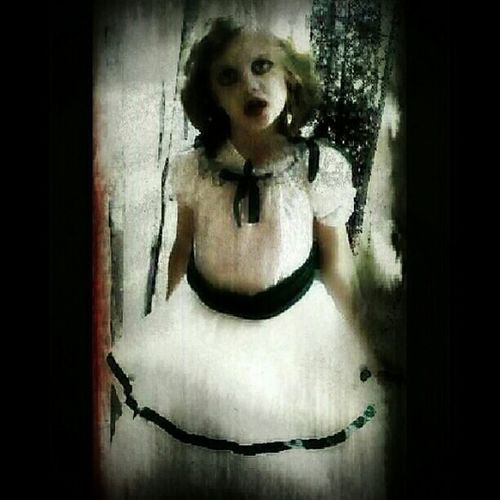 Creepy Ghosts Check This Out Dark Art Darkart Dark Photography 28 DAYS LATER