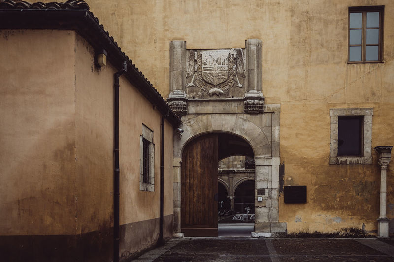 Architecture Built Structure Building Building Exterior Arch Entrance Door No People Day Window Outdoors Direction Lighting Equipment Wall Old City The Past Alley