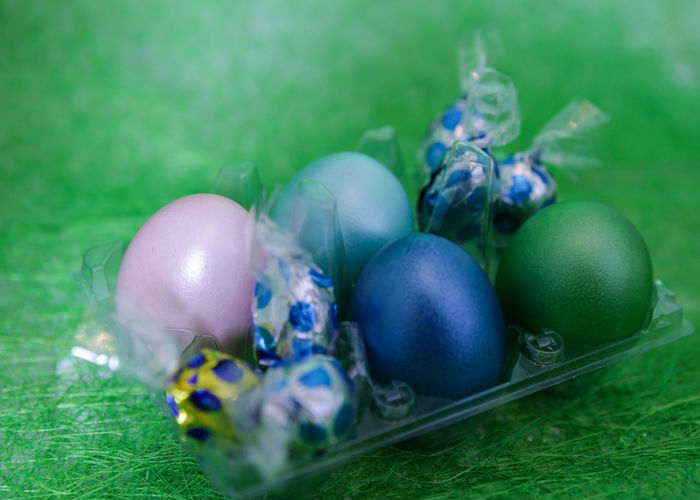 Blue And Green Pink Egg Colored Colored Eggs CELEBRATION DAY Easter Dekoration Chocolate Eggs Easter Egg Easter Still Life Celebration Indoors  Close-up Food And Drink No People Freshness Food