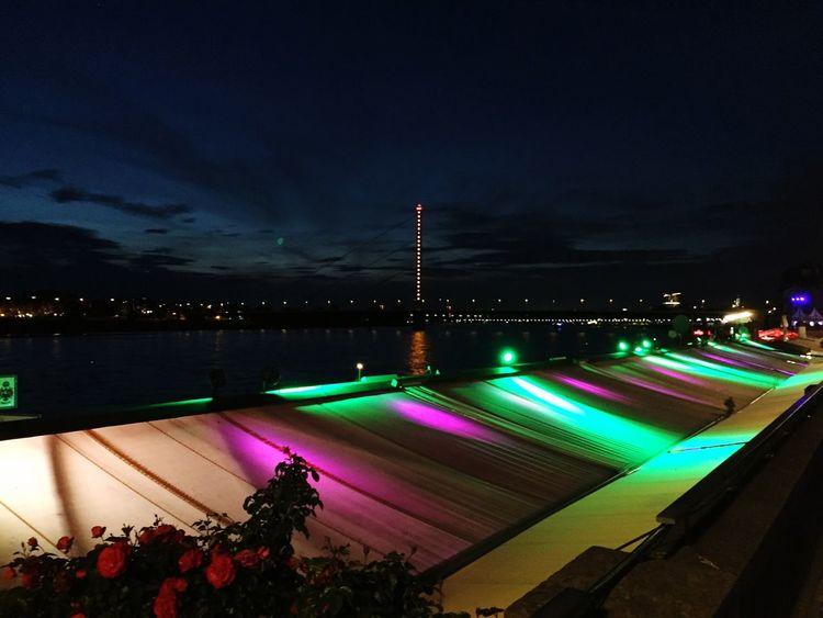 Cities At Night Düsseldorf Boardwalk Düsseldorf By Night Düsseldorf Bridge Düsseldorf Am Rhein By Night Lovely Lights
