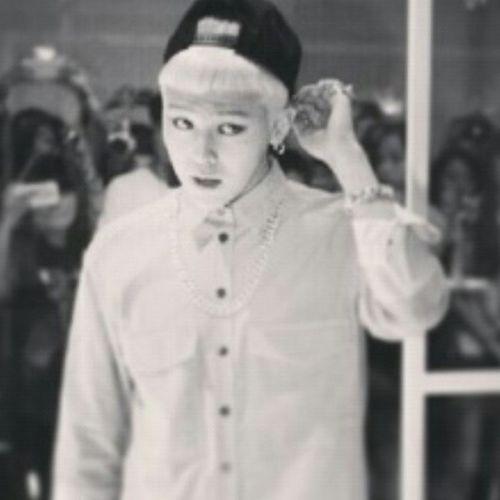 I <3 you Gdragon @xxxibgdrgn Swaggybf Koreanartist Bigbang member.