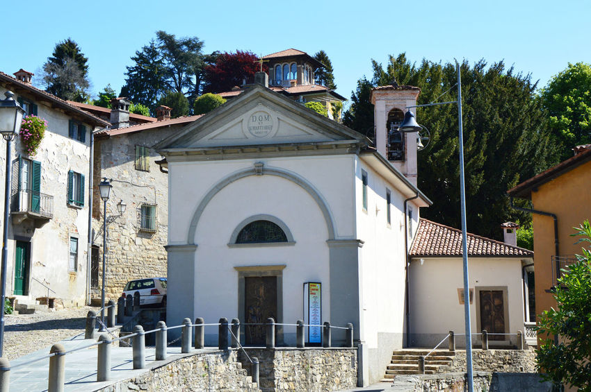 San Martino church, Bergamo Architecture Bergamo Building Exterior Built Structure Church Clear Sky Cross Day Façade Italy Low Angle View No People Outdoors Place Of Worship Religion San Martino San Martino Bergamo San Martino Della Pigrizia Sky Spirituality Tree