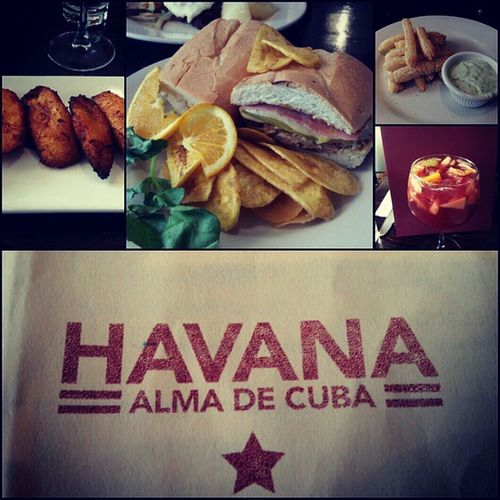 Brunch was mad real today. Food was on point and yes I've been here before. If you are ever in there area make sure to stop there on the weekend for brunch. Havanaalmadecuba Cuban Nycalive City citylife nyc soho westvillage south7thave christopherstreet bleeker nylife cubansandwich brunch sundayfunday maduro sangria yuka havana cuba allin nextbrunchonme