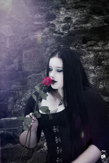 Beauty Adult One Person Only Women Fashion Beautiful People Adults Only People Young Adult One Woman Only Beautiful Woman Fashion Model Portrait Long Hair Black Color Make-up Young Women Women Gothic Style Gothic Gothic Beauty  Gothic Girl Gothicportrait Roses