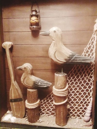 Seagulls made of wood beach scene Pets Cage Close-up Sculpture Craft Carving - Craft Product Art
