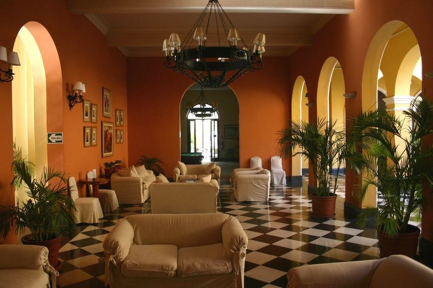 Perú ❤ Piura Hotel Hotel Los Portables Yellow Room Architecture_collection Travel Photography Peru Traveling Travel Destinations Yellow Wall Indoors
