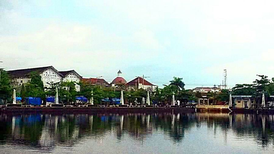 Old Town Old Old Buildings Oldtown Old Architecture Old But Awesome Water Reflections Infrontof Architecture Architecturelovers Natural Light Portrait Travel Travelling Travel Destinations Travel Photography Travellingindonesia Semarang Centraljava INDONESIA