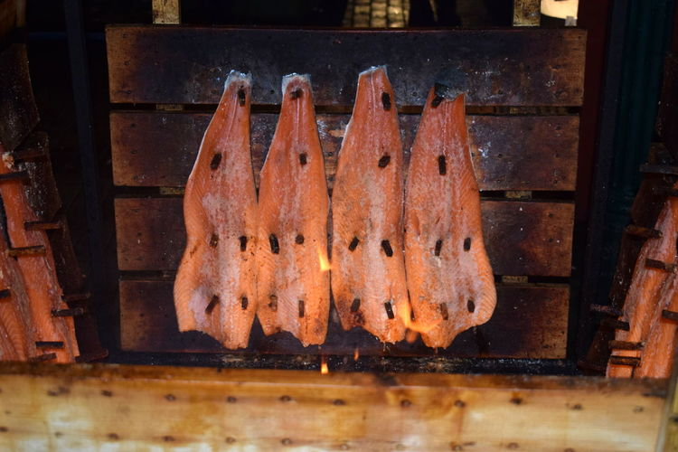 Flammed Salmon Lachs Barbecue Barbecue Grill Close-up Day first eyeem photo Fish Flammed Lachs Food Food And Drink Freshness Grilled Healthy Eating Indoors  Lachssteak No People Preparation  Ready-to-eat EyeEmNewHere