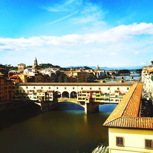 Ponte Vecchio Florence Italy Firenze Ponte Vecchio Firenze Renaissance Italy🇮🇹 Vasari Corridor Inferno First Eyeem Photo