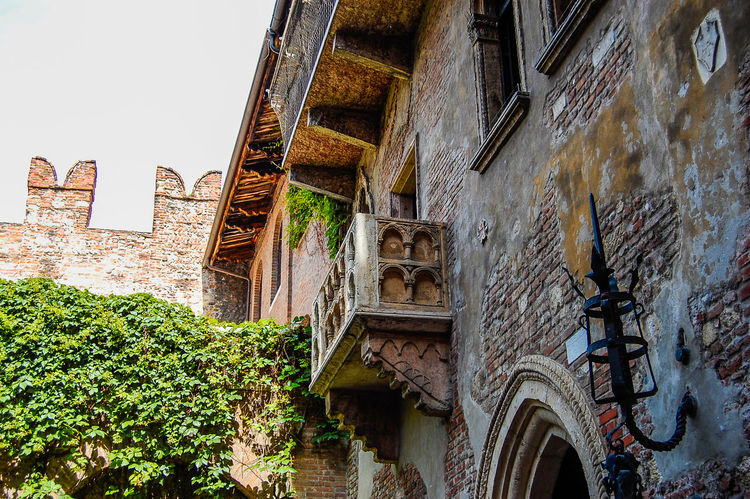 Architecture Balcony Building Exterior Day Europe Historical Building Historical Place History House Italian Juliet's House Low Angle View Mythic No People Romeo And Juliet Shakespeare The Past Town Travel Destinations Verona Italy