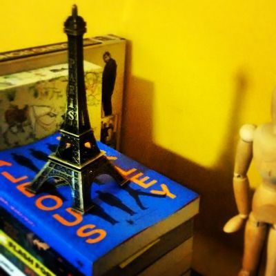 Books Paris Love