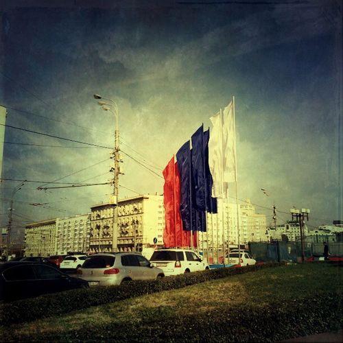Москва калужская площадь флаги