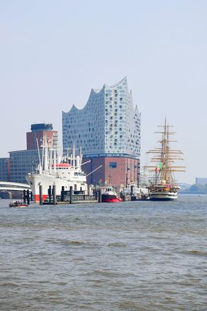 Nature Beauty In Nature Sunlight Sunshine Outdoors Focus On Foreground Elbfilharmoni Of Hamburg Clear Sky River Elbe ♥️ City Water Nautical Vessel Cityscape Skyscraper Urban Skyline Beach Harbor Business Finance And Industry Tall Ship Sailing Ship Mast Marina Moored Port Sailboat Sailing Boat Sailing Tall - High My Best Travel Photo